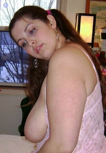 Amandine, femme voluptueuse sans tabou